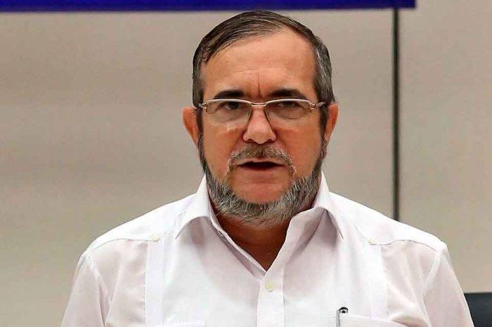 Candidato presidencial de la FARC es hospitalizado de emergencia