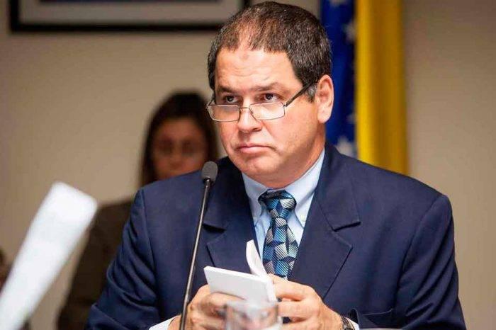 """Alto mando de VP no dejó pasar el """"juego adelantado"""" de Luis Florido"""