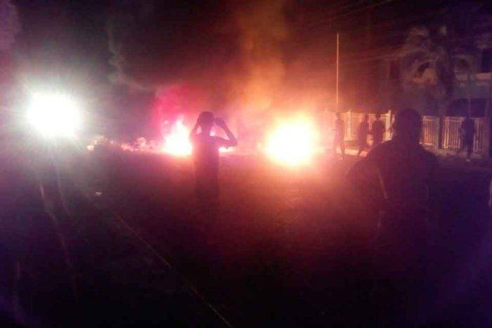 Entre protestas y saqueos transcurrió la noche de este domingo en Trujillo