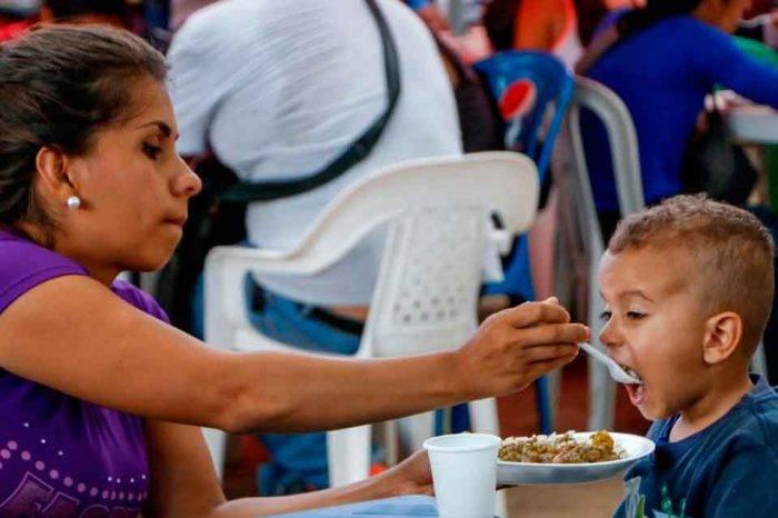 Programa de alimentos pide ayuda internacional para Colombia por éxodo de venezolanos