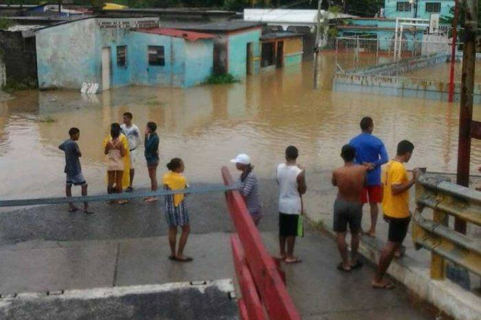 Puerto Cabello se suma a las alertas por crecida de los ríos