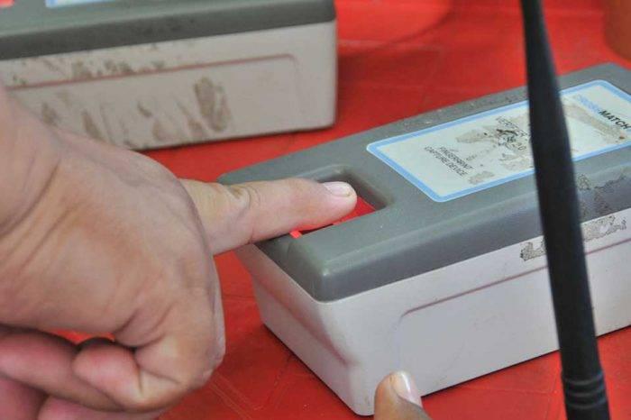 Denuncian que dirigente del PSUV en Coro tiene máquina del CNE en su casa