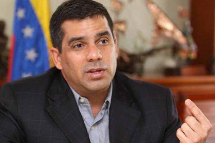 Carlos Rotondaro expresidente IVSS