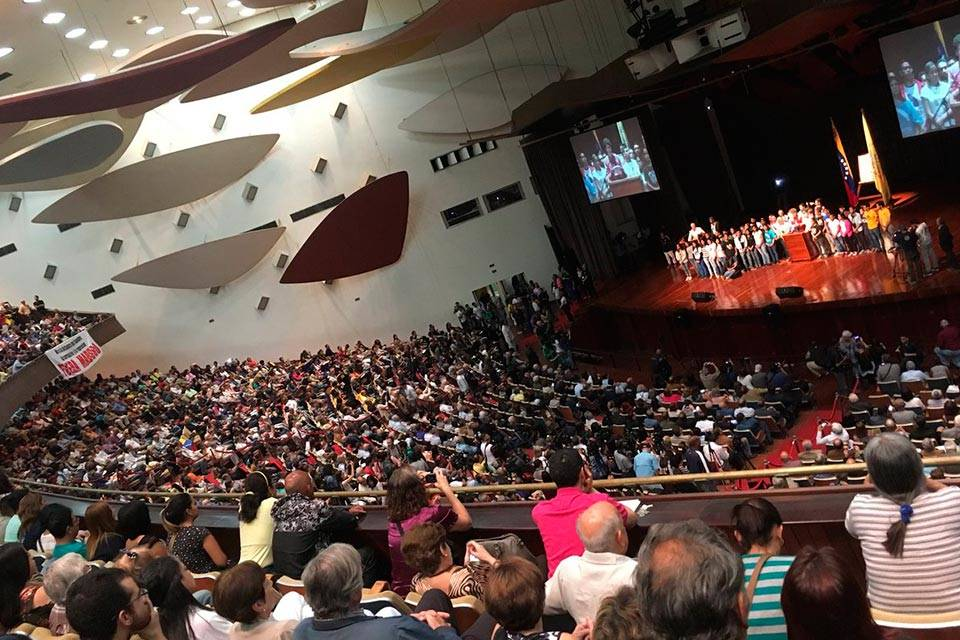 Aula Magna UCV-Foto: Twitter Juan Pablo Guanipa