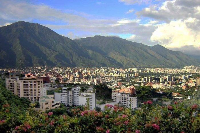Movida cultural se impone a la crisis venezolana para celebrar el día de Caracas