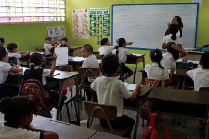 Niños venezolanos obtendrán cupos en escuelas públicas de Cali