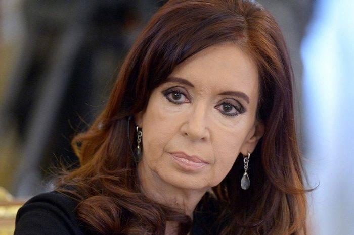 Cristina Fernández irá a juicio por desvío de dineros durante su mandato