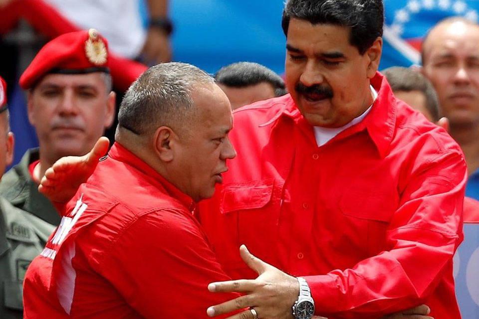 Diosdado Cabello y Nicolás Maduro - Foto: El periódico