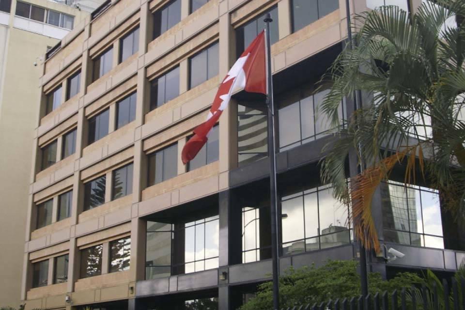 EMBAJADA DE CANADÁ.