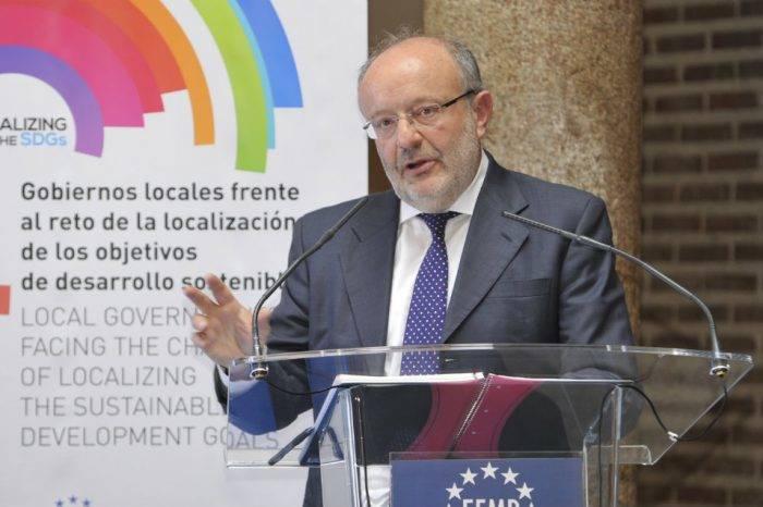 España insiste en que el diálogo debe mantenerse en Venezuela