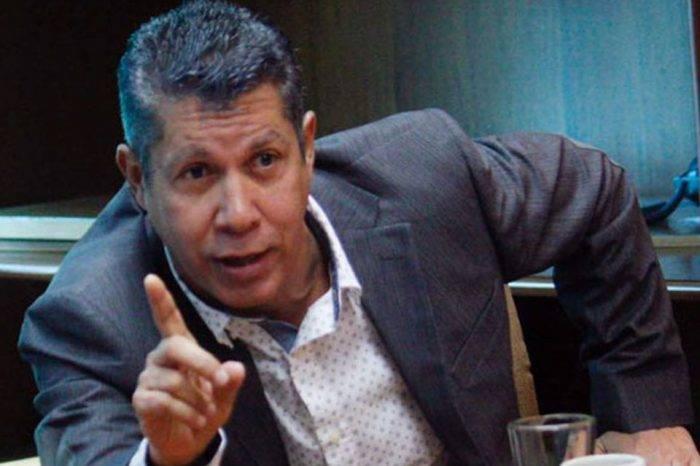 Henri Falcón dice que la única forma de salir de Maduro es con votos y no con abstención