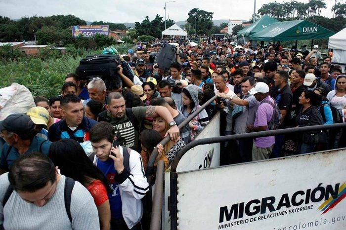 EEUU envía ayuda económica a Colombia para atender a migrantes venezolanos