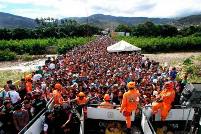 Colombia y Perú compartirán base de datos para regularizar migración venezolana
