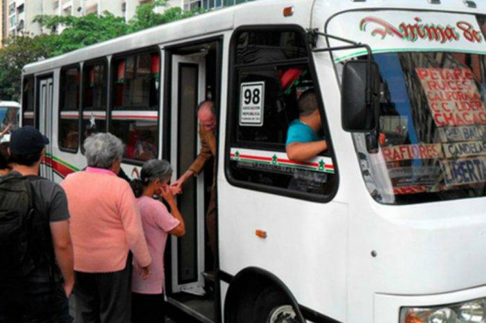 """Transportistas dicen que acuerdos """"transitorios"""" con el Gobierno perecieron"""