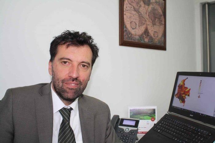 Yann Basset: Las elecciones podrían servir para debilitar al Gobierno
