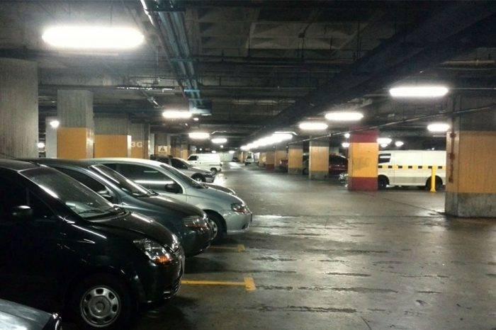 Fijan tarifa plana de estacionamientos en 100.000 bolívares