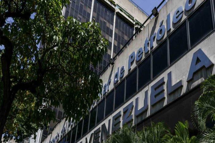 Venezuela mueve a banco ruso la cuenta para venta de petróleo de empresas mixtas