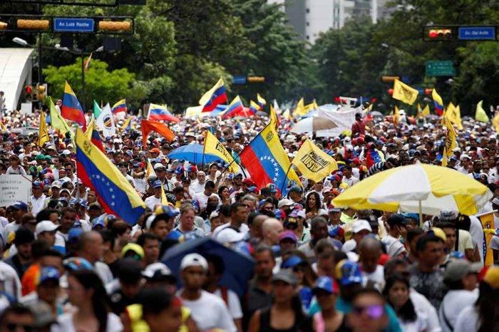 Frente Amplio Venezuela Libre inicia asambleas este sábado en contra de presidenciales