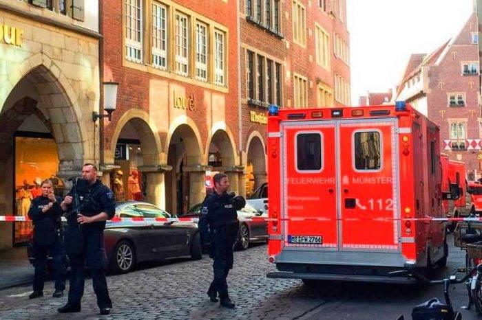 Tres muertos y decenas de heridos por atropello masivo en Alemania