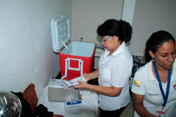 Comprar certificado de vacunación falso representa un doble riesgo para los venezolanos