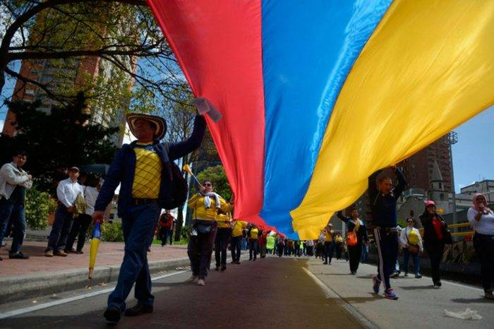 La paradoja colombiana de la paz, por Rafael Uzcátegui