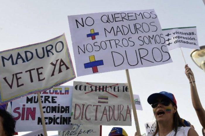 Maduro, ¡vete ya!. Por: AFP