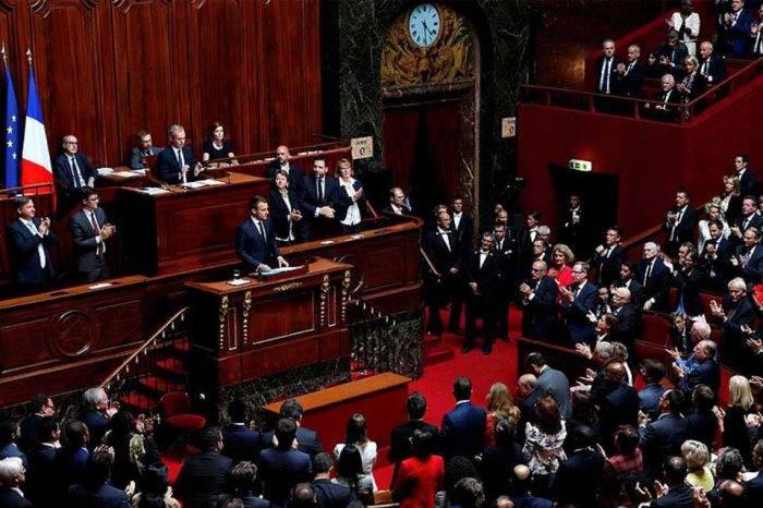 Senado francés promoverá reuniones de parlamentos para tratar crisis venezolana