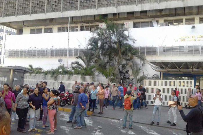 Ministerio de Salud retiró ayuda a los pacientes del J. M. de los Ríos