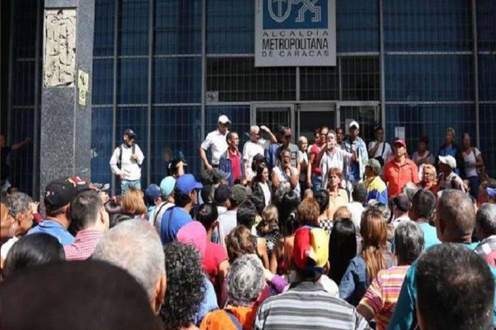 Trabajadores de la Alcaldía Metropolitana alzan su voz tras no recibir sus pagos