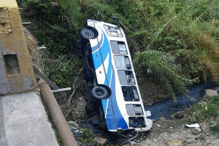 Mueren 4 dirigentes del PSUV en accidente de tránsito