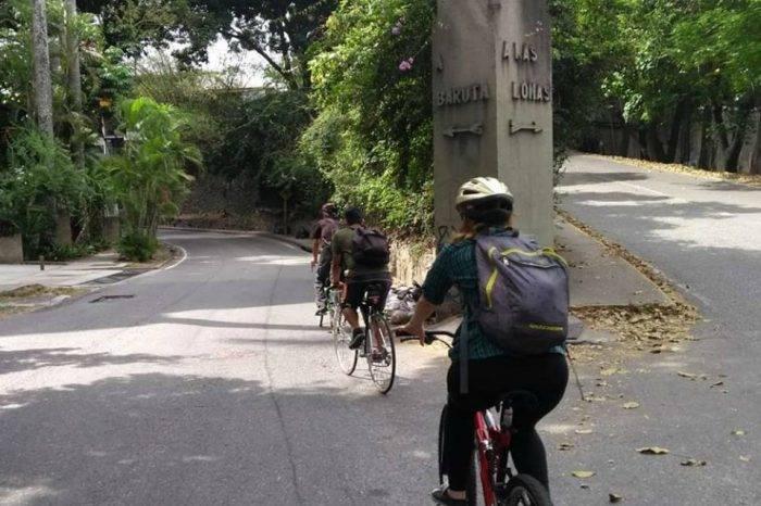 """La bicicleta se apodera de Caracas con """"la ruta del chocolate"""""""