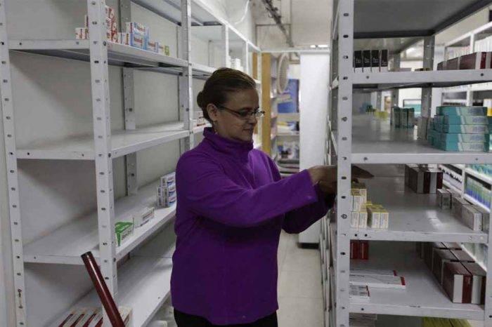 La escasez de las medicinas sigue venciendo al Gobierno venezolano