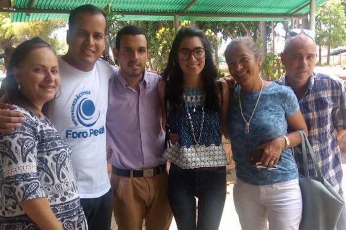 Liberaron a estudiantes Génesis Tirado y Humberto Marquina