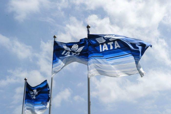 IATA prevé reanudar vuelos nacionales en junio y los internacionales a partir de julio