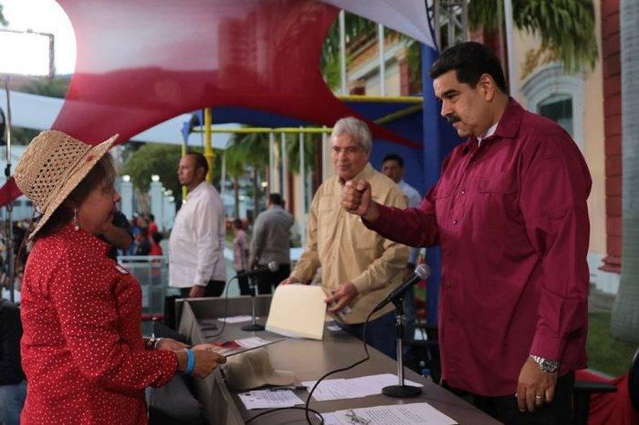 """""""Jerarcas del Gobierno"""" buscan desalojar a campesinos de las tierras, dice constituyente"""