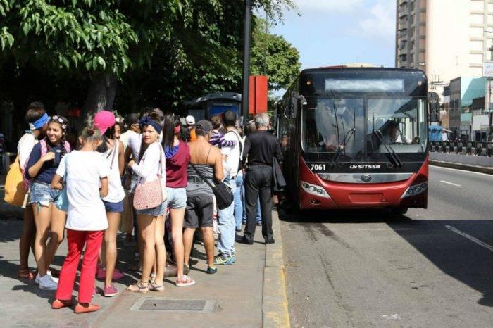 Metrobús para El Cafetal, La Trinidad y El Hatillo partirán ahora desde estación Miranda