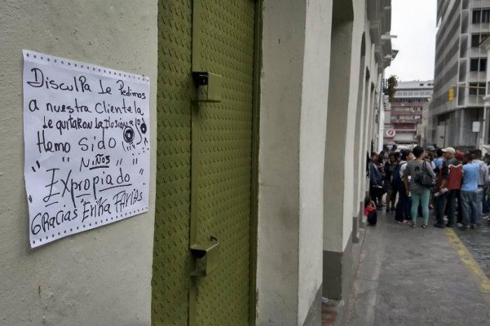 Denuncian expropiación de locales adyacentes a la Plaza El Venezolano