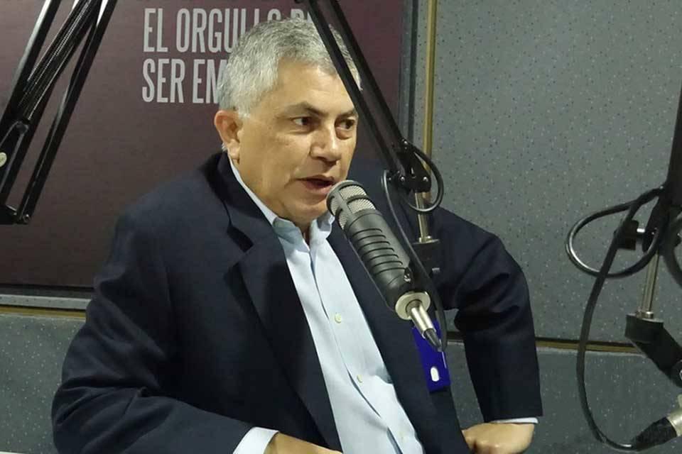 """Reinaldo Quijada busca erosionarle el """"chavismo duro"""" a la votación de Maduro"""