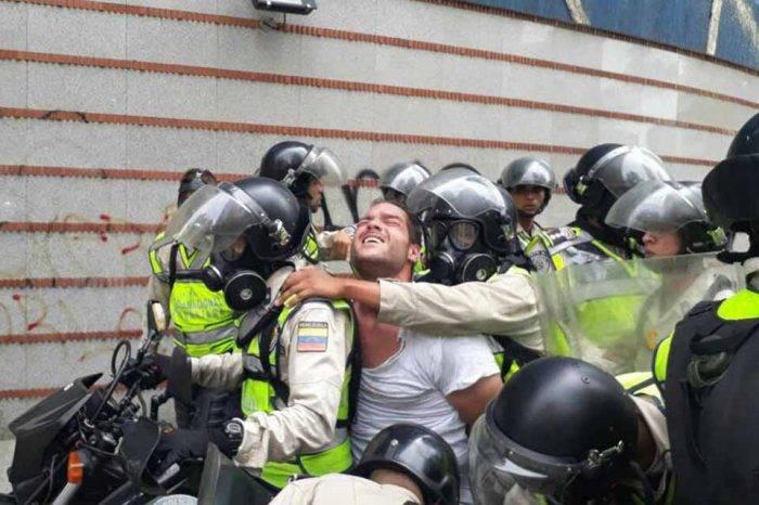 Periodista venezolano fue testigo de golpizas a Raúl Baduel en Ramo Verde