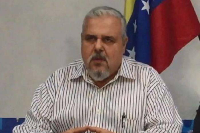 Golpean y detienen a expreso político Vasco Da Costa en su casa