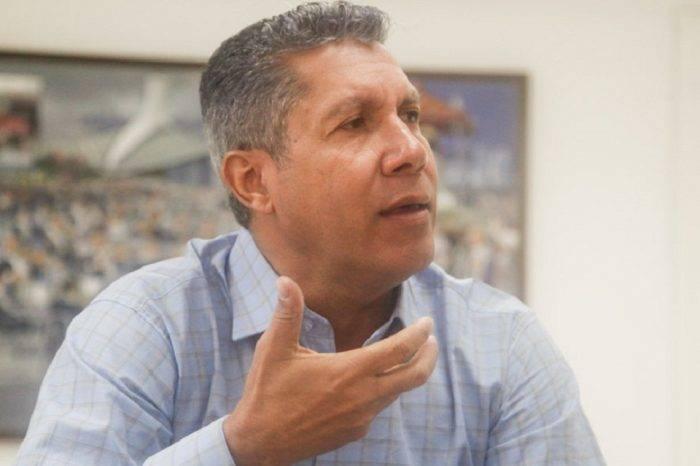 """Henri Falcón estima que nueva directiva de la AN esté a """"la altura"""" del momento"""
