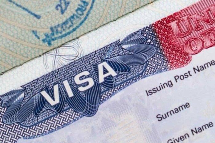 Trump congela la emisión de nuevos visados para algunas profesiones hasta 2021