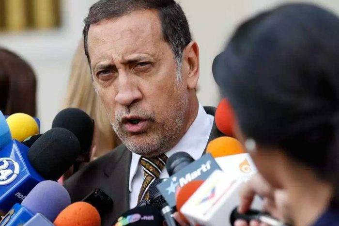 José Guerra: Gobierno pospondrá la reconversión monetaria