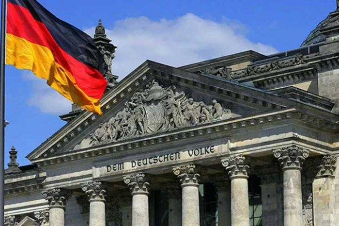 Alemania deploró allanamiento de inmunidad parlamentaria de Juan Guaidó