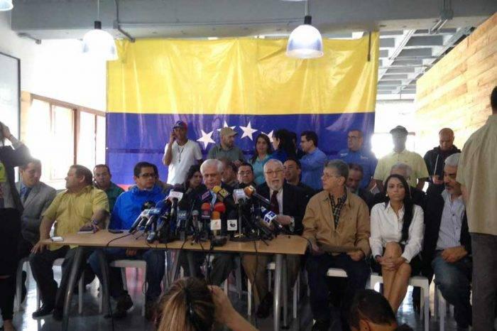 Frente Amplio aboga por la reunificación y seguir presionando por el cambio