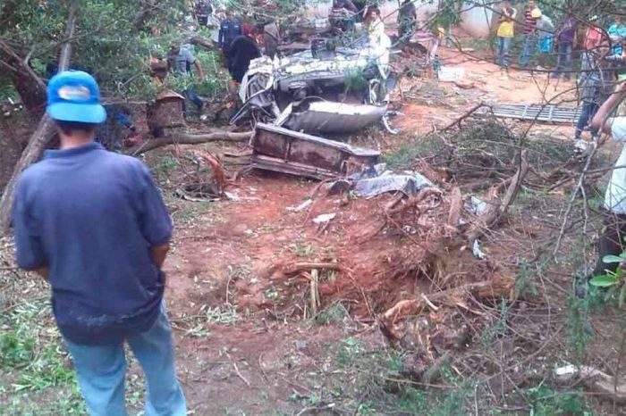 En Mérida fallecen 12 personas al volcar camión usado como medio de transporte