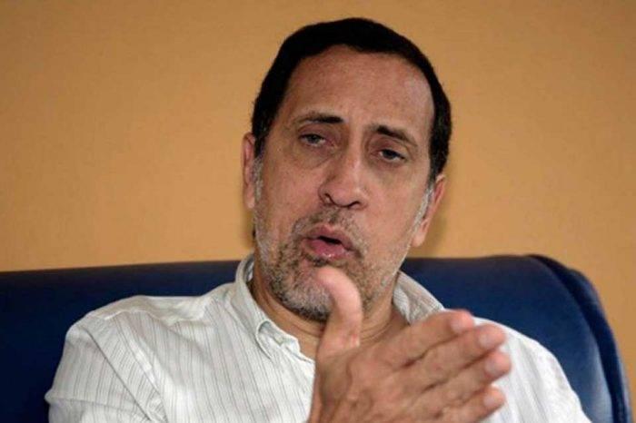 José Guerra: hay que posponer la reconversión monetaria
