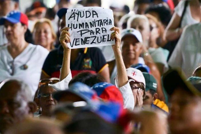 Ayuda humanitaria. Foto: Los Benjamins