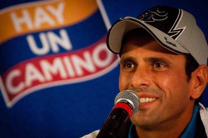"""Capriles exhorta a opositores a pensar en un """"plan de gobernabilidad democrática"""""""