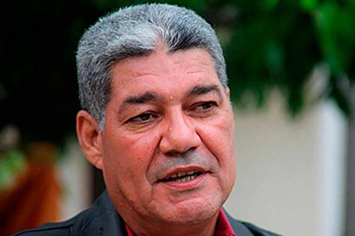 """Eduardo Piñate explicó que las convenciones colectivas fueron """"absorbidas"""" por el salario"""